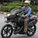 мотоцикл в стиле чужого